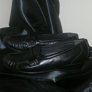 SAS Women's Leather Shoes